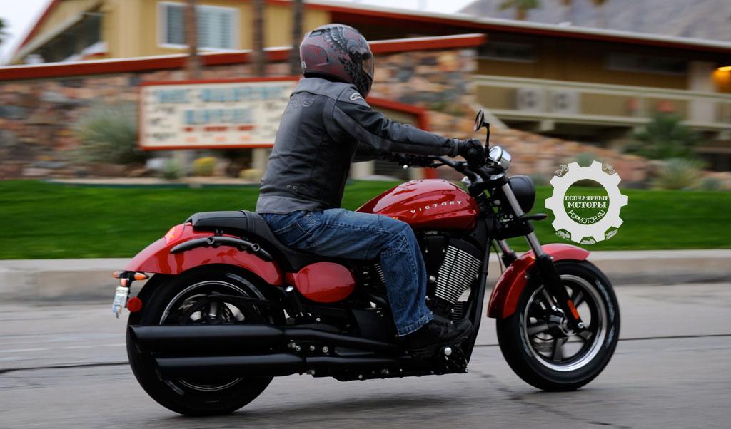 Фото № 2551 С ростом 153 на мотоцикле