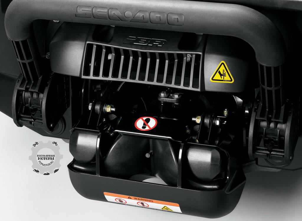 Когда нужно резко снизить скорость, зажмите рычаг iBR, и специальный ковш опустится и остановит GTX Limited iS 260.