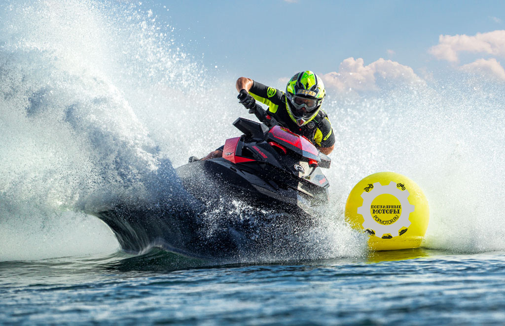Фото гидроцикла Sea-Doo RXP-X 260 2014 гонка - фото сравнения гидроциклов Sea-Doo RXP-X 260 и Yamaha FZR 2014 года