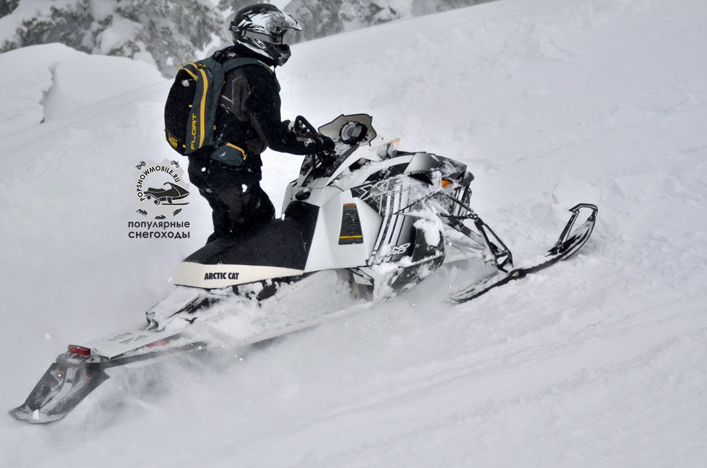 Arctic Cat ProClimb XF High Country 8000 Sno Pro и Limited легко справляются с огромным спектром задач.