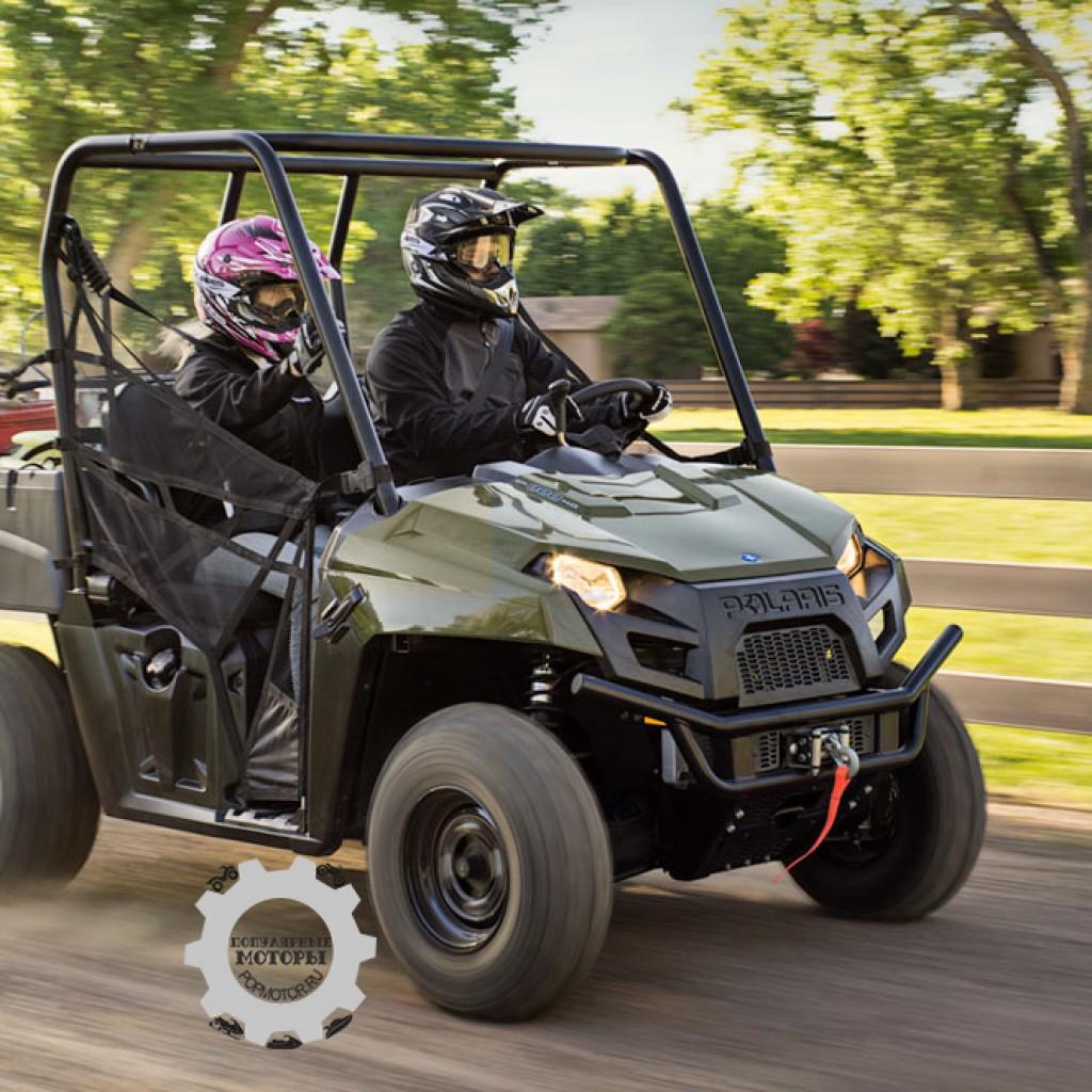 Фото модельного ряда ATV и UTV Polaris 2013 года - Polaris Ranger 800 EFI Midsize 2013 на скорости