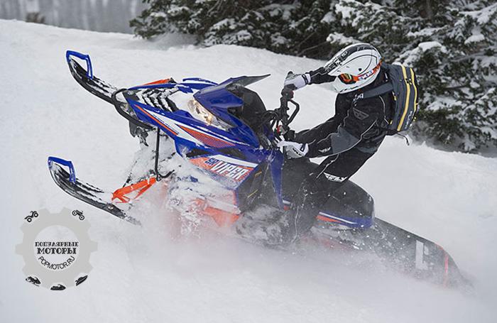 Фото снегохода Yamaha SR Viper MTX 162 SE 2015 партнерство Arctic Cat и Yamaha