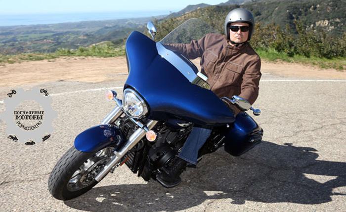 Фото мотоцикла Star Motorcycles V Star 1300 Deluxe - 10 лучших туристических мотоциклов