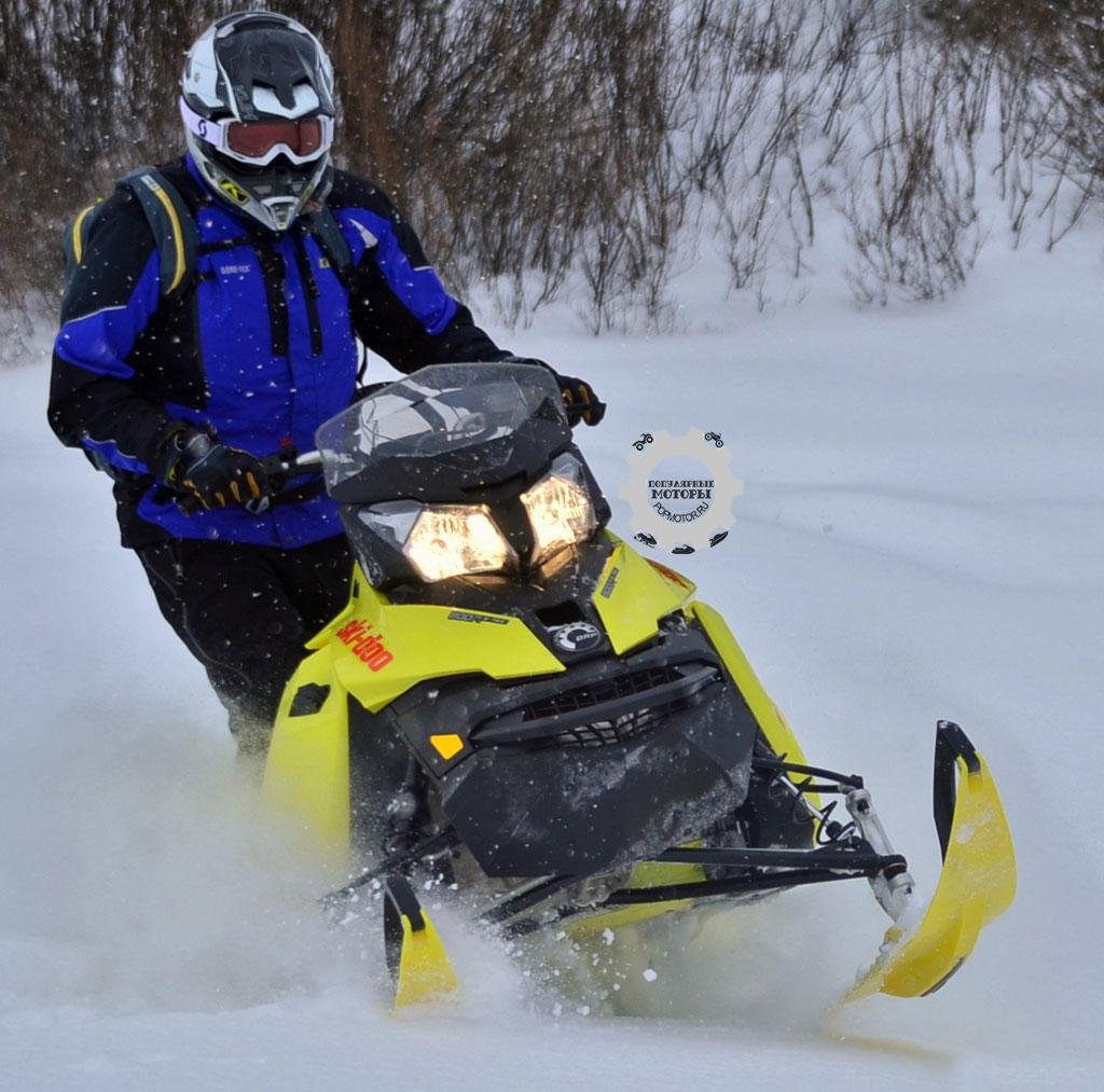 По словам водителя-испытателя, за рулём T3 Summit 163 или 174 одинаково приятно ездить как в горах, так и на укатанном снегу и лугах.