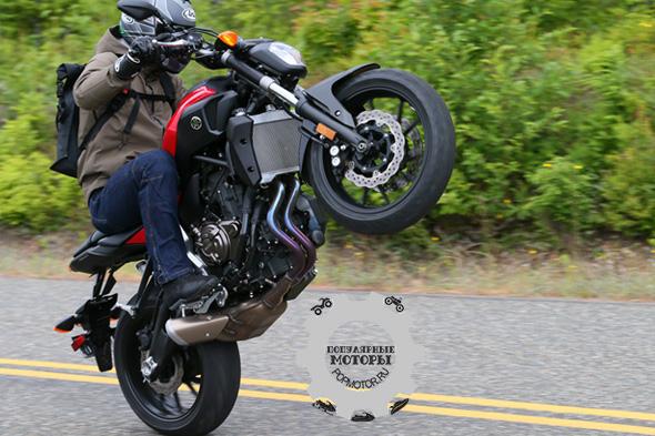 Первый тест-драйв мотоцикла YAMAHA FZ-07 2015