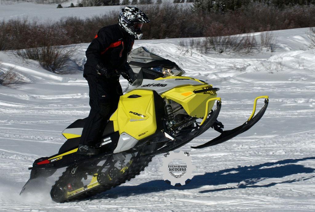 Обзор снегохода Ski-Doo MXZ TNT ACE 900 2015