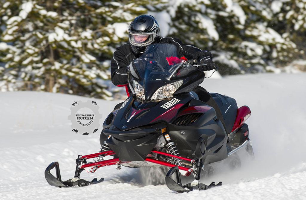 Yamaha Vector — не самый быстрый или лёгкий снегоход, но он один из лучших из-за его качественной сборки, продуманных конструкторских решений и длительного срока службы.