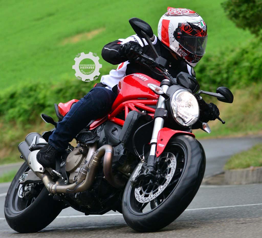 Обзор и тест-драйв мотоцикла Ducati Monster 821 2015