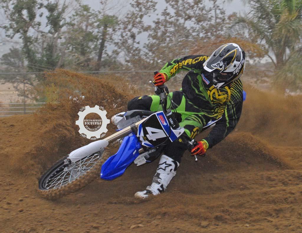 Обзор и первый тест-драйв мотоцикла Yamaha YZ250F 2015