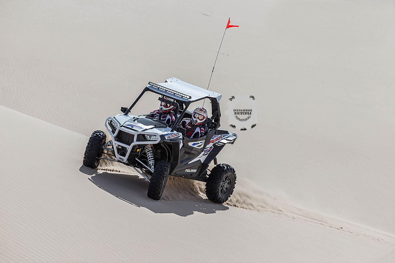Polaris RZR XP 1000 2015 уже готов покорять дюны.