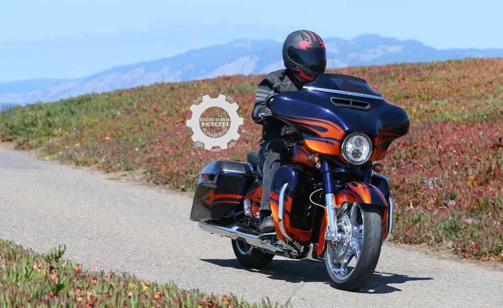Обзор мотоцикла Harley-Davidson CVO Street Glide 2015
