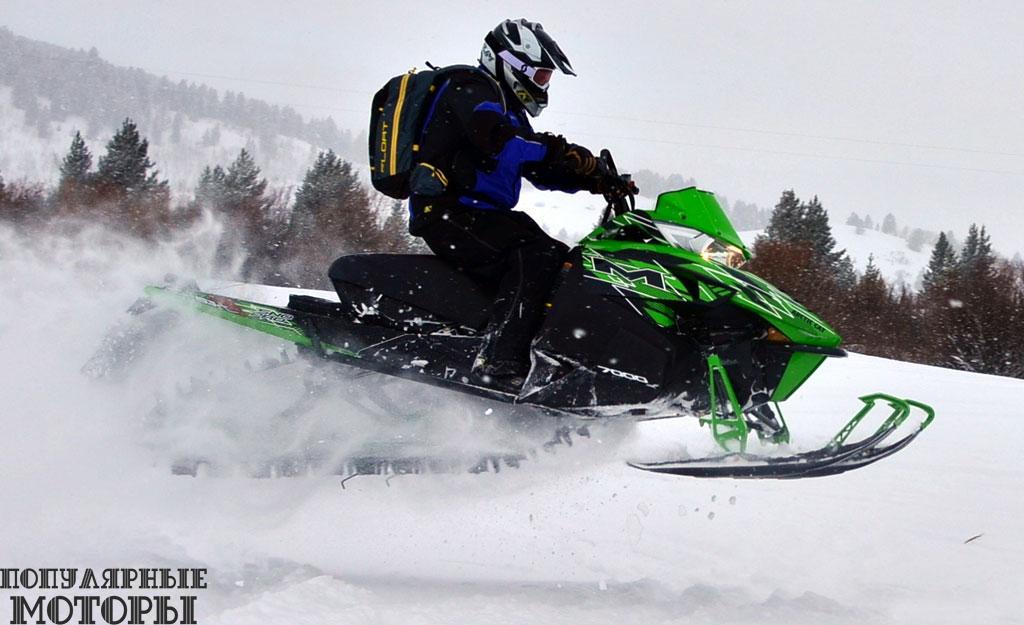 Arctic Cat M7000 Sno Pro 153 —простой, аккуратный и производительный горный снегоход начального уровня, который не даст заскучать и опытному водителю.