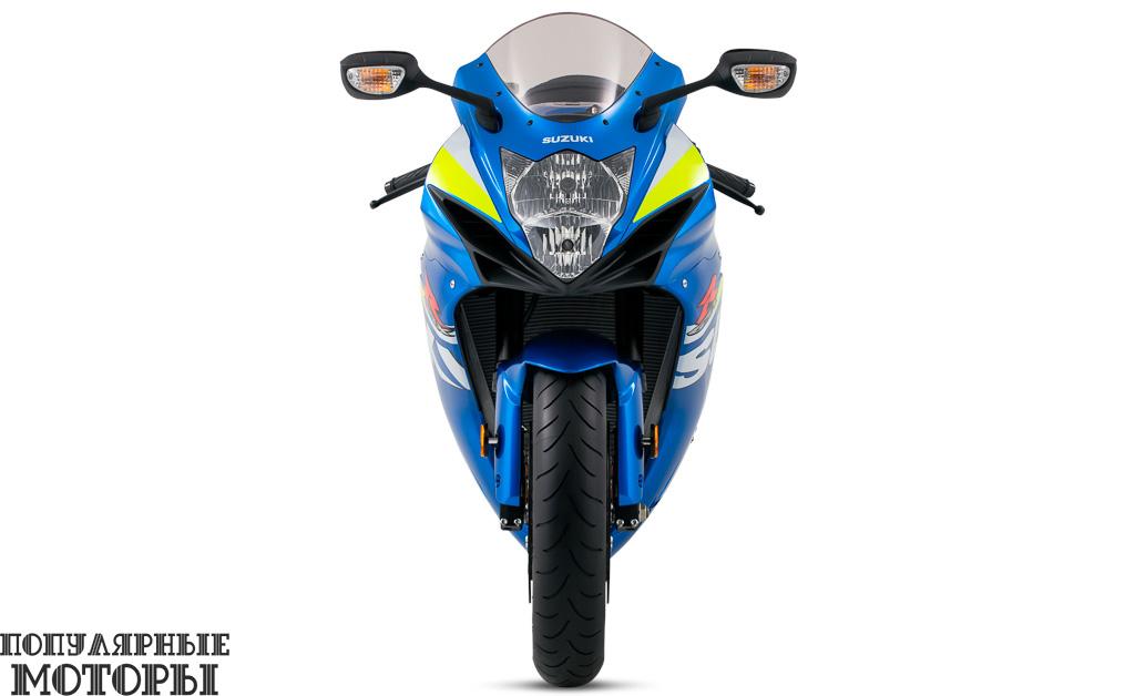 А это GSX-R600 в цветах MotoGP, вид спереди.