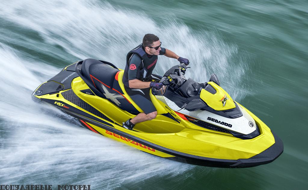 Sea-Doo RXT-X 260 играючи разгоняется до сумасшедших скоростей.