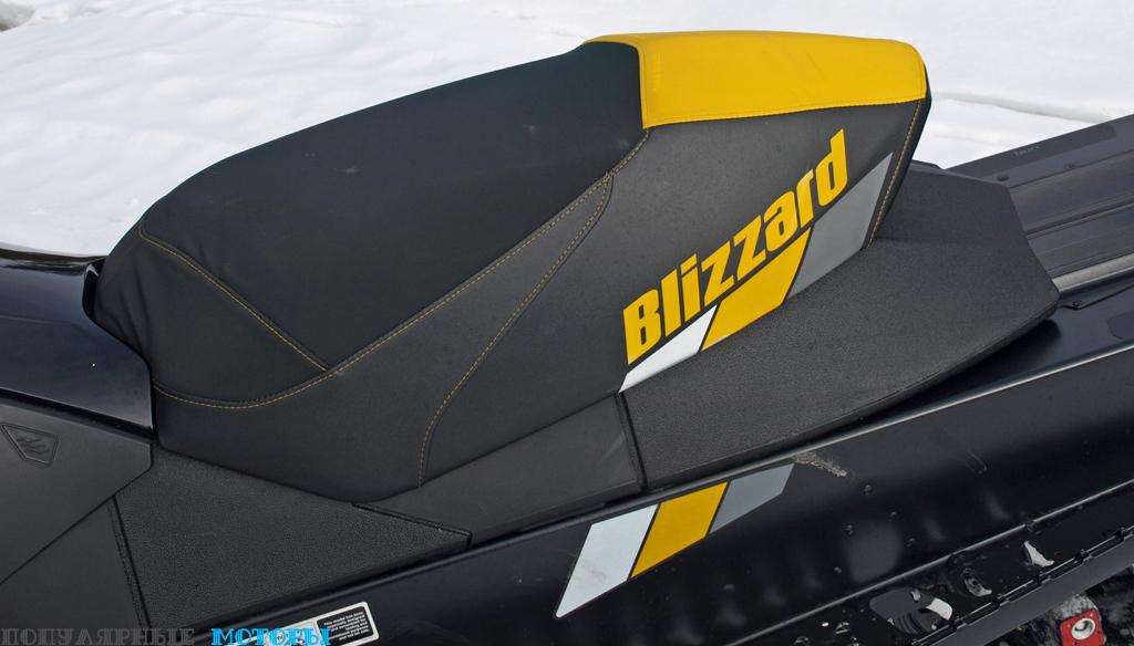 Фото Ski-Doo MXZ Blizzard 800 2016 — сиденье