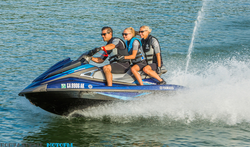 Система Yamaha RiDE выводит VX Cruiser на новый уровень.