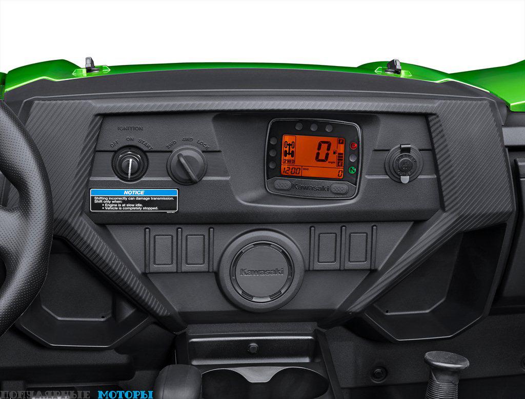 Компания Kawasaki обновила приборную панель моделей Teryx 2016 года.