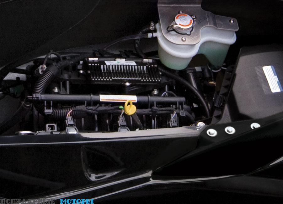 Компания BRP оборудовала Sea-Doo RXT 260 двигателем Rotax объёмом 1494 кубических сантиметра с нагнетателем и интеркулером. Его мощность —260 «лошадей».