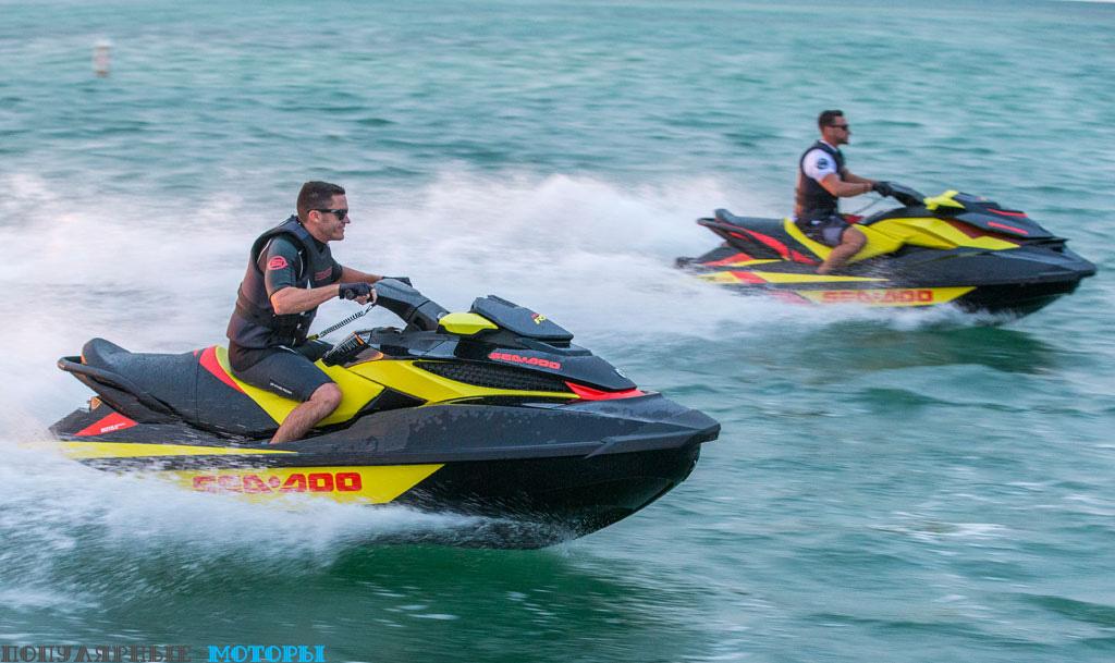 Фото Sea-Doo RXT 260 2015 — на скорости